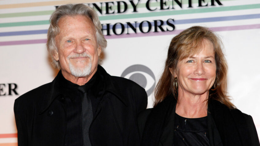Inside Country Singer Kris Kristofferson's Retirement With Wife Lisa Meyers: 'His Health Is Good'