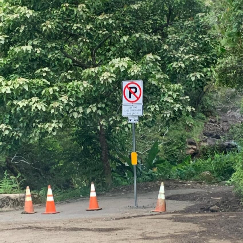 East Maui residents overwhelmed by influx of visitors,traffic