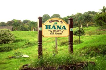 'They have invaded': Hawaii's road to Hana wrecked by influencers, tourists